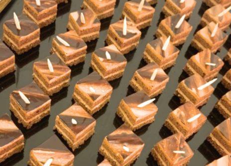 濃厚の生チョコレートケーキ